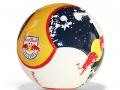 Red Bull_gelb blau weiß_badboyzballfabrik_084